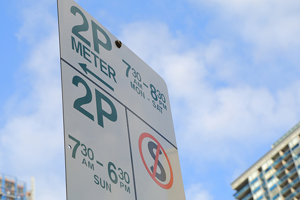 Article image for City of Melbourne to start re-imposing parking restrictions from Monday