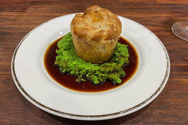 Article image for Adrian Richardson's great Aussie meat pie recipe