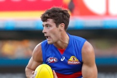 Bulldogs' midfielder Josh Dunkley requests trade to Essendon
