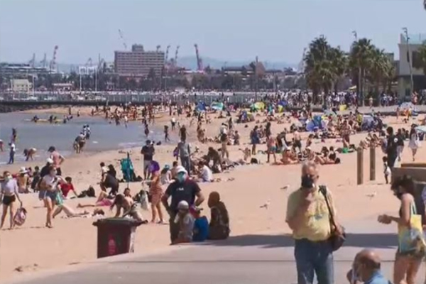 Article image for Clean-up continues after crowds pack Melbourne's beaches on sunny Cup Day