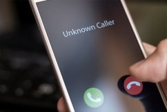 State government slammed for 'lazy, sloppy' COVID-safe plan robocalls