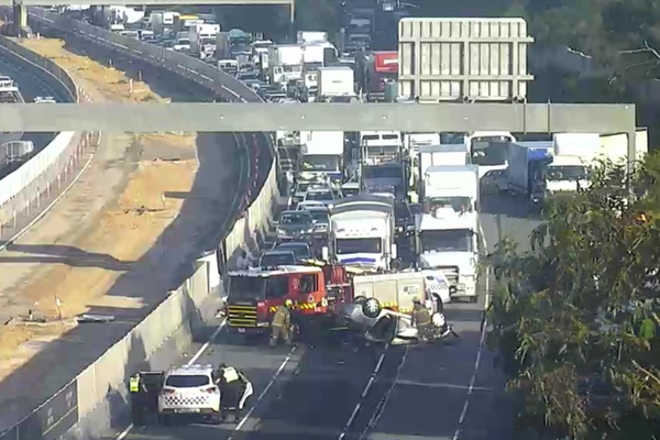 Article image for Monash Freeway reopens: Speeding drivers who caused crash still on the run