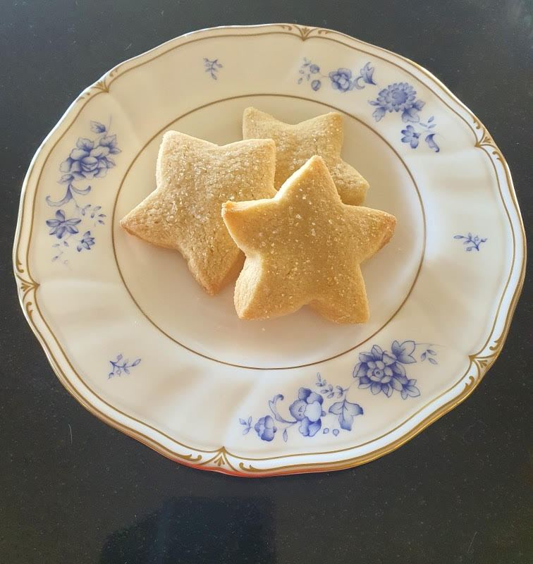 Article image for Dining with Den – Adam Liaw's Salt & Brown Sugar Cookies