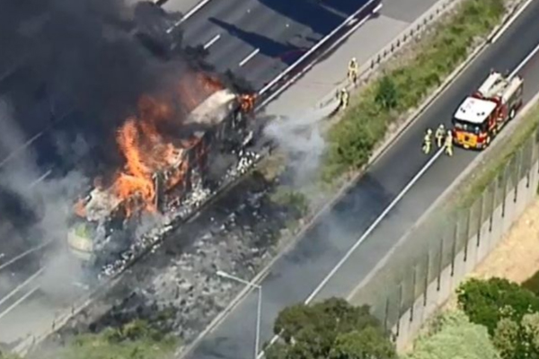 Article image for 'Ferocious' truck fire forces closure of the Eastern Freeway