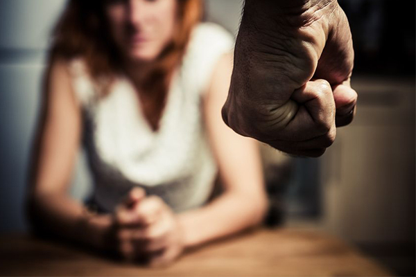 Article image for Domestic abusers being sent to hotels in new program