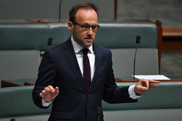 Article image for Tom Elliott responds to Adam Bandt's 'heroes' remark in parliament