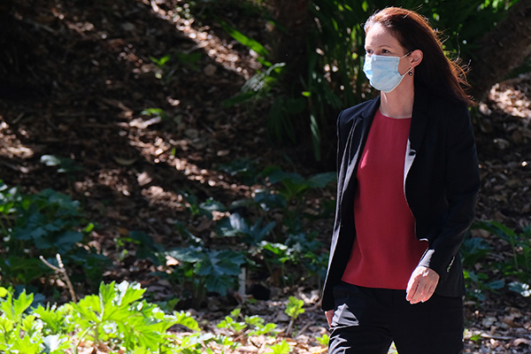 Article image for Why Victoria has an 'obligation' to resume hotel quarantine