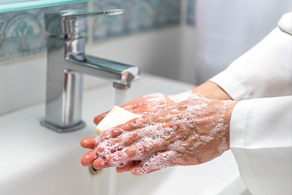 Article image for Why there are growing calls to ban antibacterial soaps