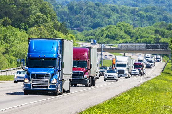 Article image for Trucking and automobile associations explain disappointment with National Road Safety plan