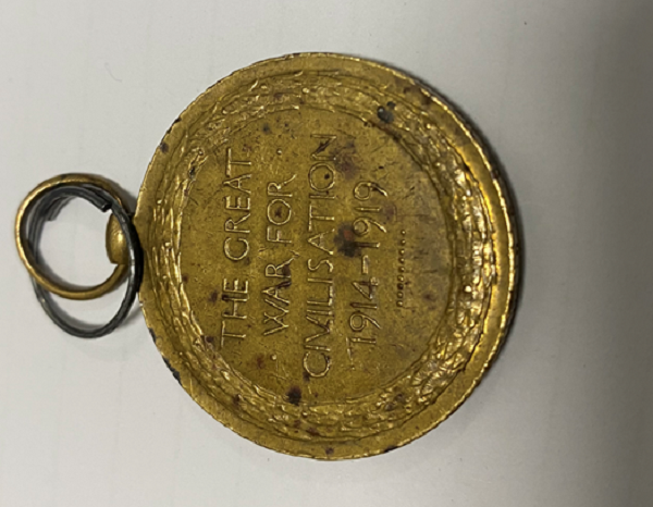 Article image for WW1 medal from 1925 finally returned to rightful owners
