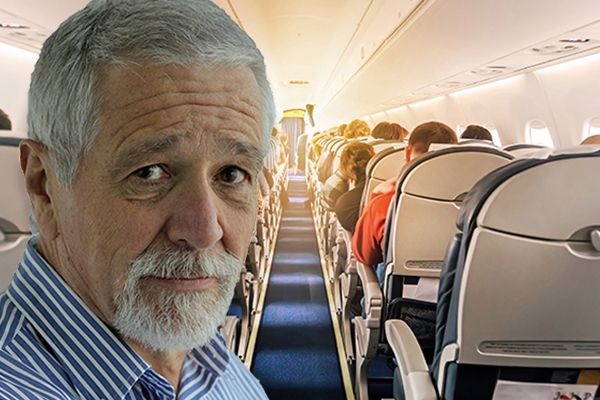Article image for Neil Mitchell calls for Australia to stop flights from India as COVID-19 'catastrophe' worsens
