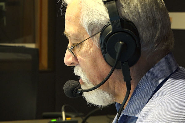 Article image for Why Neil Mitchell remains concerned about contact tracing in Victoria