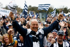 Tributes flow for Geelong icon