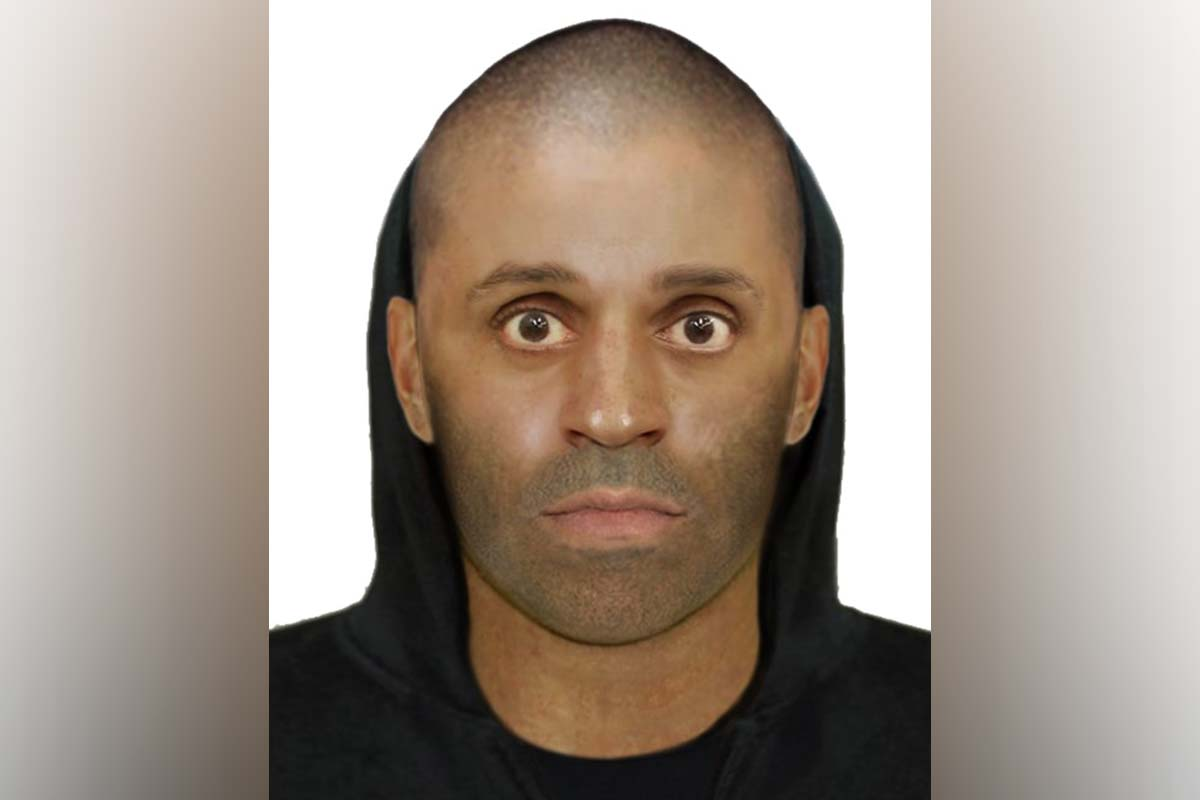 Article image for Hunt for duo who threatened a woman with a knife in terrifying Glenroy home invasion