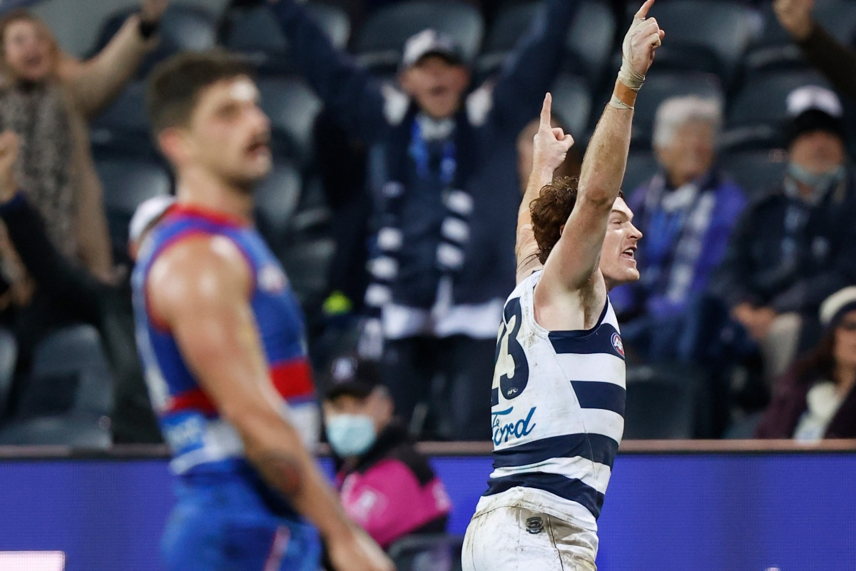 Article image for Tim Lane's call of Gary Rohan's goal after the siren against the Western Bulldogs!