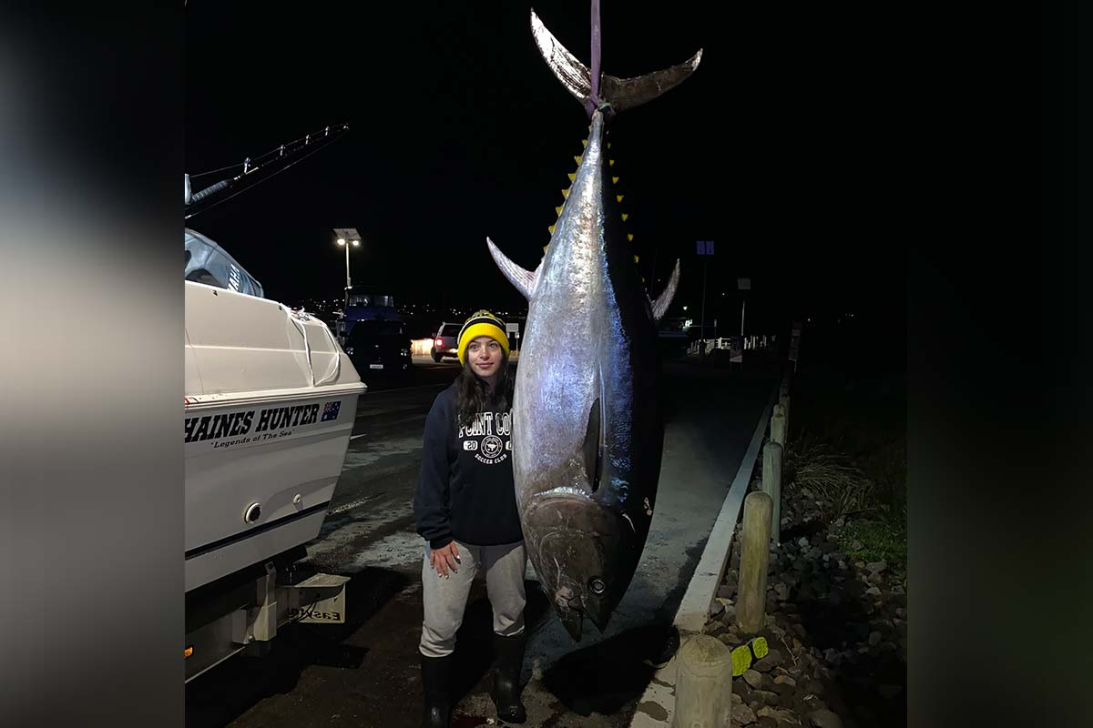 Article image for 'Such a big achievement': 16-year-old Victorian catches mammoth 147 kilogram tuna