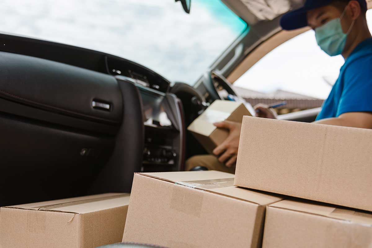 Article image for The rules for removalists, truckies and freight workers travelling across Australia