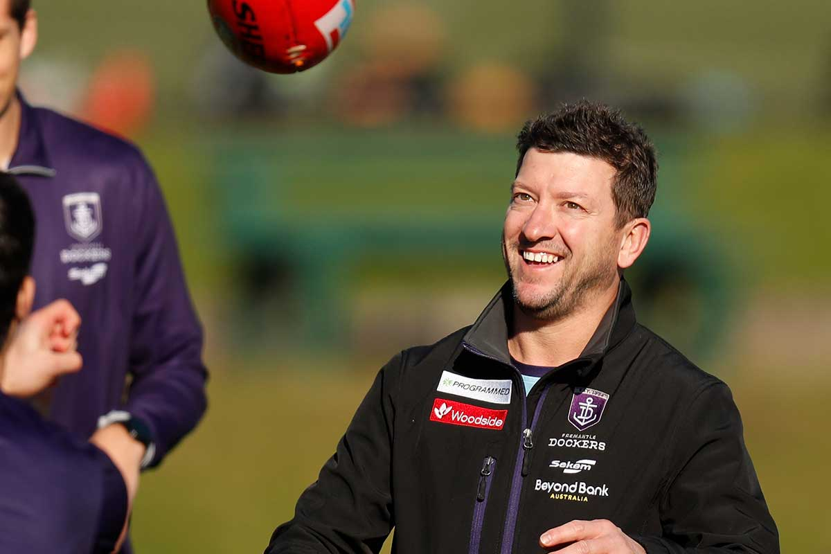 Article image for Fremantle assistant stood down, charged, over WA quarantine breach