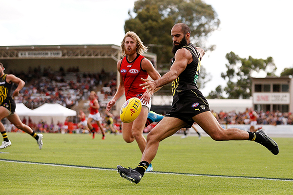Article image for Regional city ready, willing and 'primed' to host AFL match
