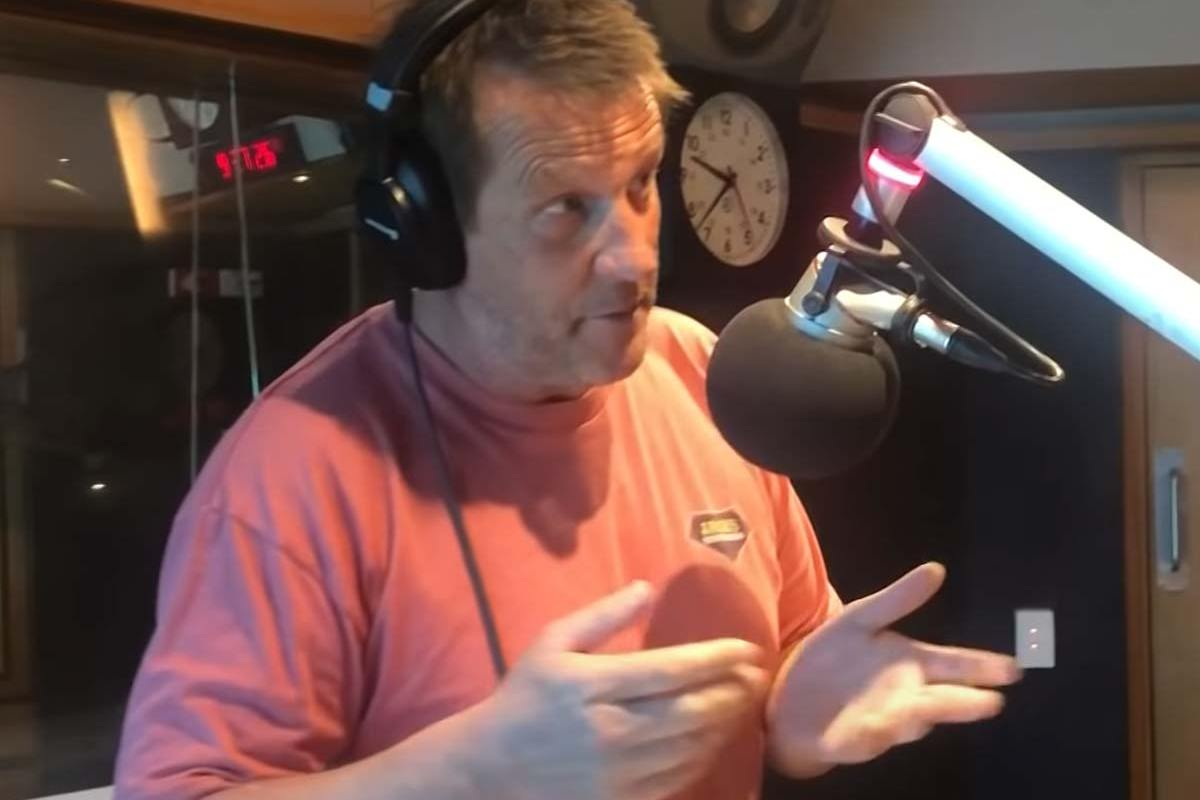Article image for The seven funniest on-air moments from 3AW newsreader David Armstrong